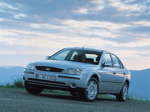 Ford Mondeo Berlina (Sedán) 2000 - 2007