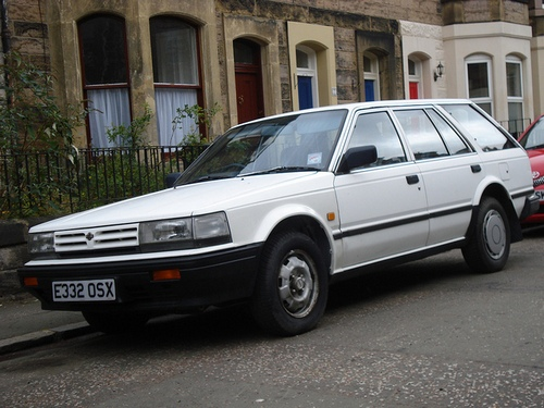 Nissan Bluebird Familiar 1984 - 1990