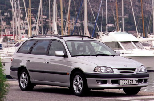Toyota Avensis Familiar 1997 - 2003